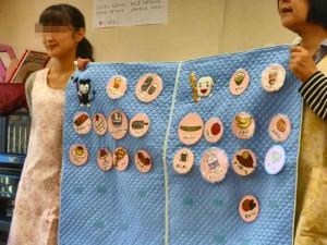 5才児クラス。おやつの選び方を教わりました。虫歯にならないよう、上手に選べるようになりたいですね。