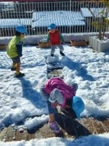 屋上にたくさん積もった真っ白な雪!